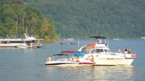 Norris Lake Marinas Boats