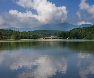 North Carolina lake communities