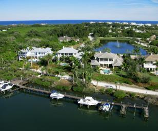 Palm Island Plantation waterfront homes
