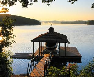 Lake Keowee homes