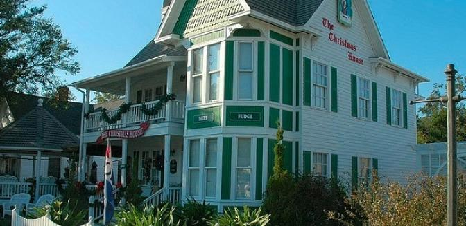 Brunswick County Real Estate Southport Christmas Store