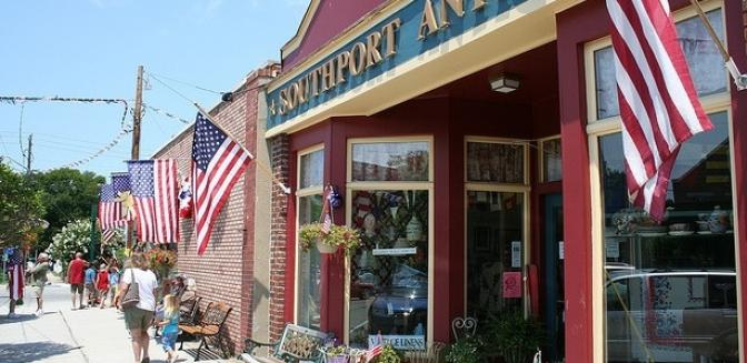 shopping in Southport NC