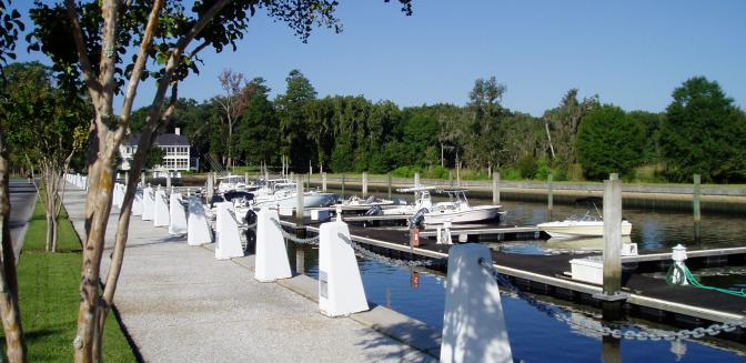 Ford Plantation marina