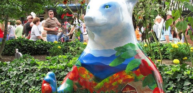 Hendersonville NC Painted Bears