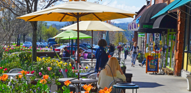 best mountain towns - Hendersonville North Carolina