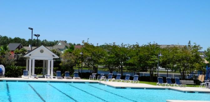Living In Charleston Rivertowne Country Club Swimming Pool