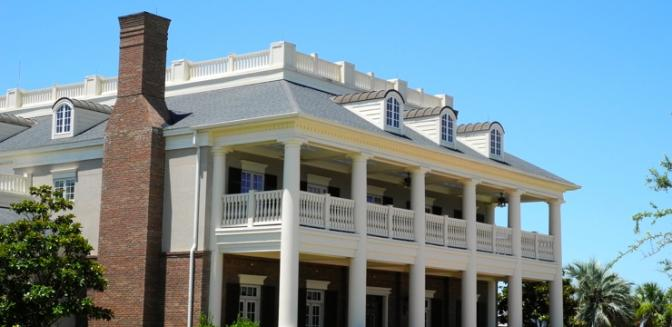 Living In Charleston Rivertowne Country Clubhouse