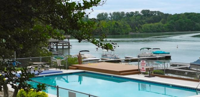 Loudon Real Estate Foothills Pointe Swimming Pool