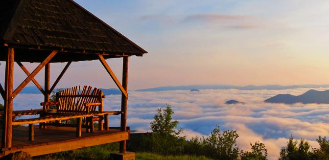 Asheville NC News | Living on Top of the World at Mountain Air Coun...
