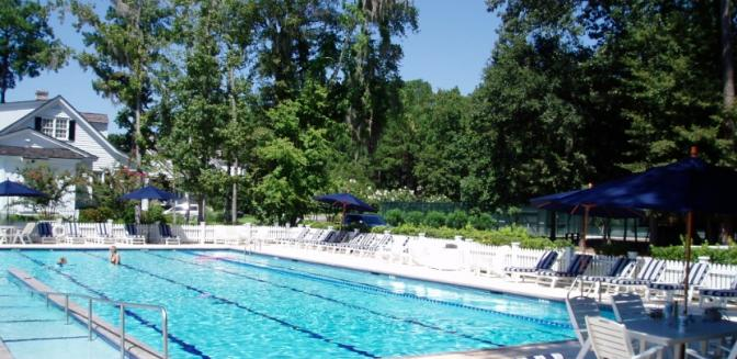 Savannah Neighborhoods Ford Plantation Swimming Pool